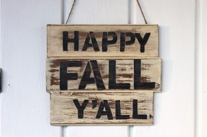 Fall DIY Decorating Happy Fall Y'all sign