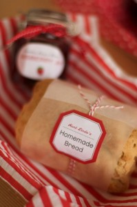 Baked with love free printable gift tags sohosonnet for Homemade baked goods for christmas gifts