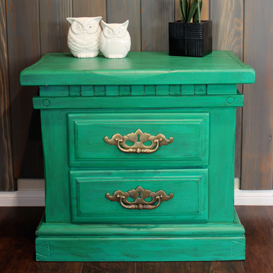 How to Repaint Furniture the Easy way