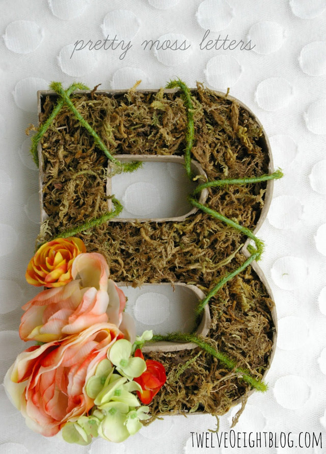 Wall Artwork moss letters